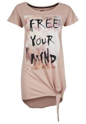 camiseta zalando