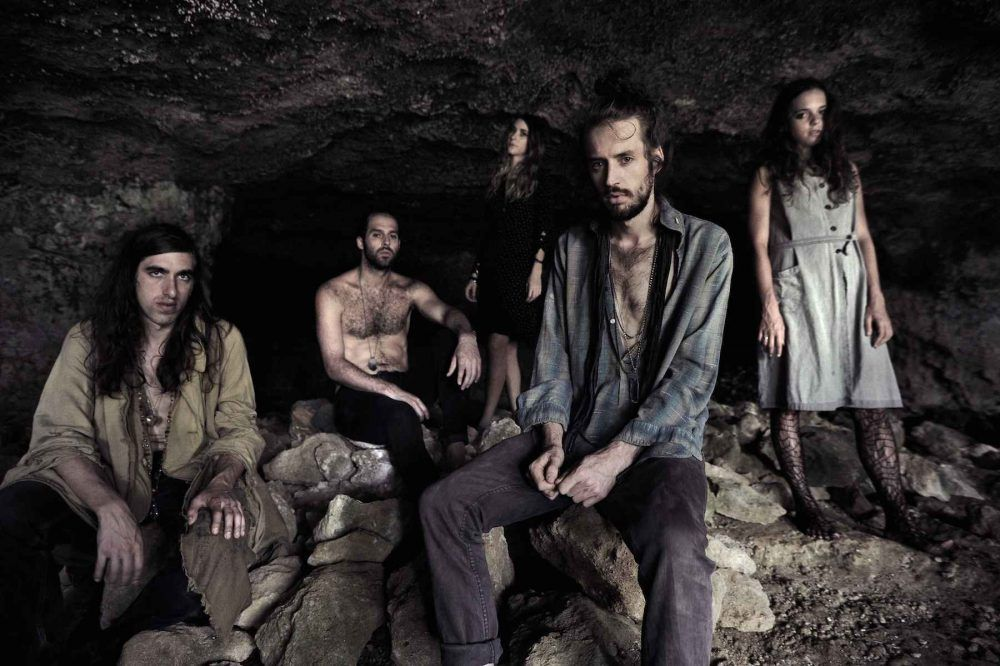Crystal Fighters por Pepe Brix