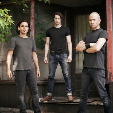 DANKO JONES por Dustin Rabin Photography