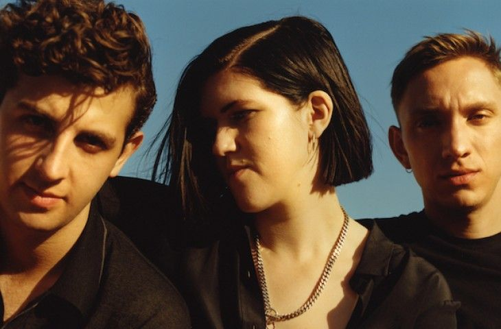 "The XX comparten ""Say Something Loving"""