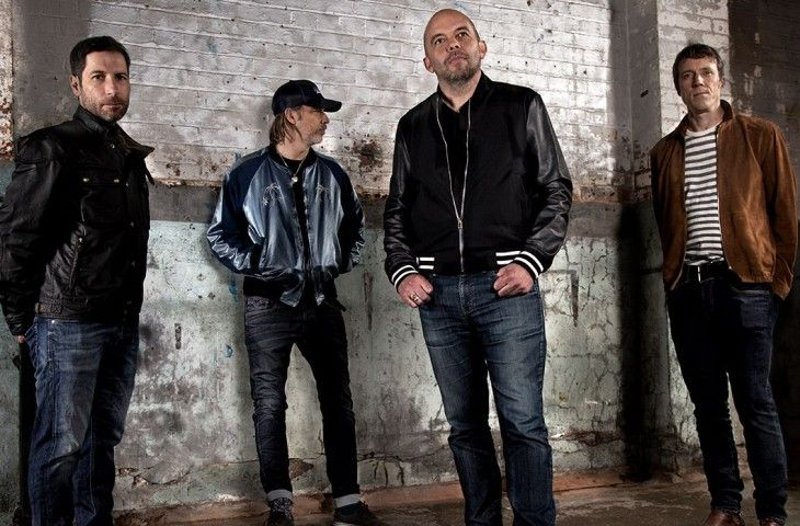 "Ride vuelven con ""Charm Assault"""