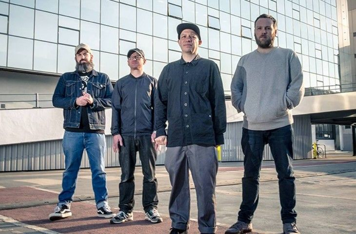 "Mogwai sorprenden con ""Party In The Dark"""
