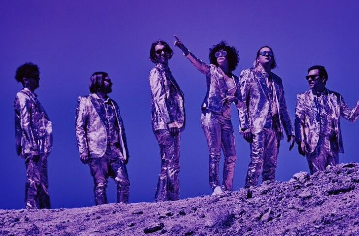 """Electric Blue"" nuevo single Arcade Fire disco"