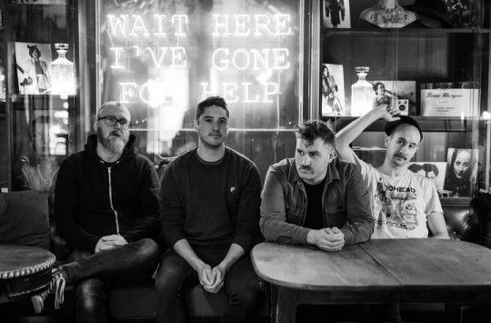 The Endless Shimmering, el nuevo disco de And So I Watch You From Afar