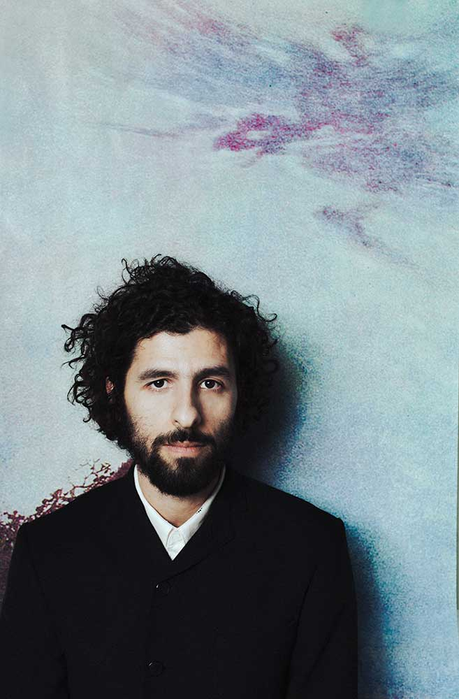 José González en Barcelona y Madrid con la orquesta The String Theory