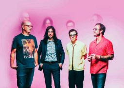 "Weezer publican dos nuevos temas: ""High as a kite"" y ""Living in L.A."""