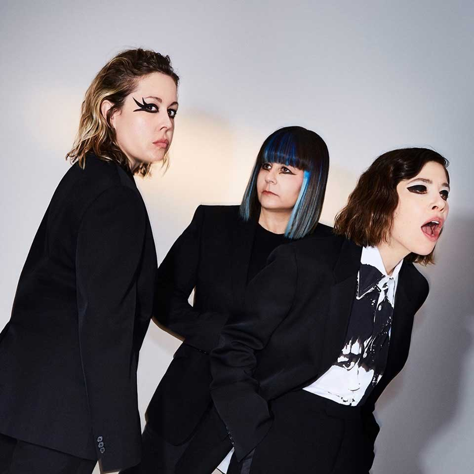 Sleater-Kinney Hurry On Home