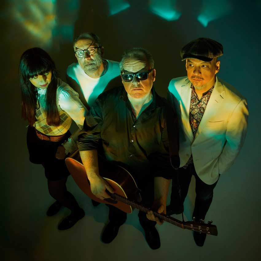 Beneath the Eyrie: nuevo disco de Pixies